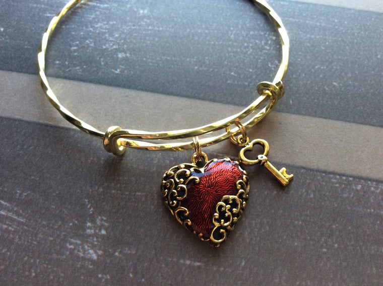 Expandable Charm Bracelet Key to My Heart Gold Filigree Vintage Heart Charm Adjustable Expandable Bangle Bracelet