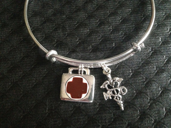 MD Medical Doctor Caduceus and Doctors Bag Silver Charm Bracelet