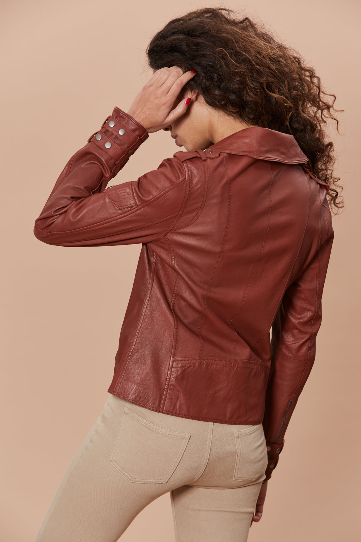Valeria Moto - Washed Leather