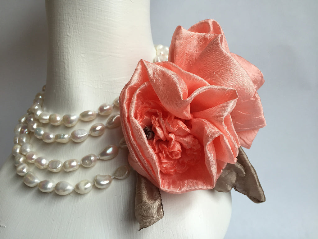 Pearl Two Tulips Necklace