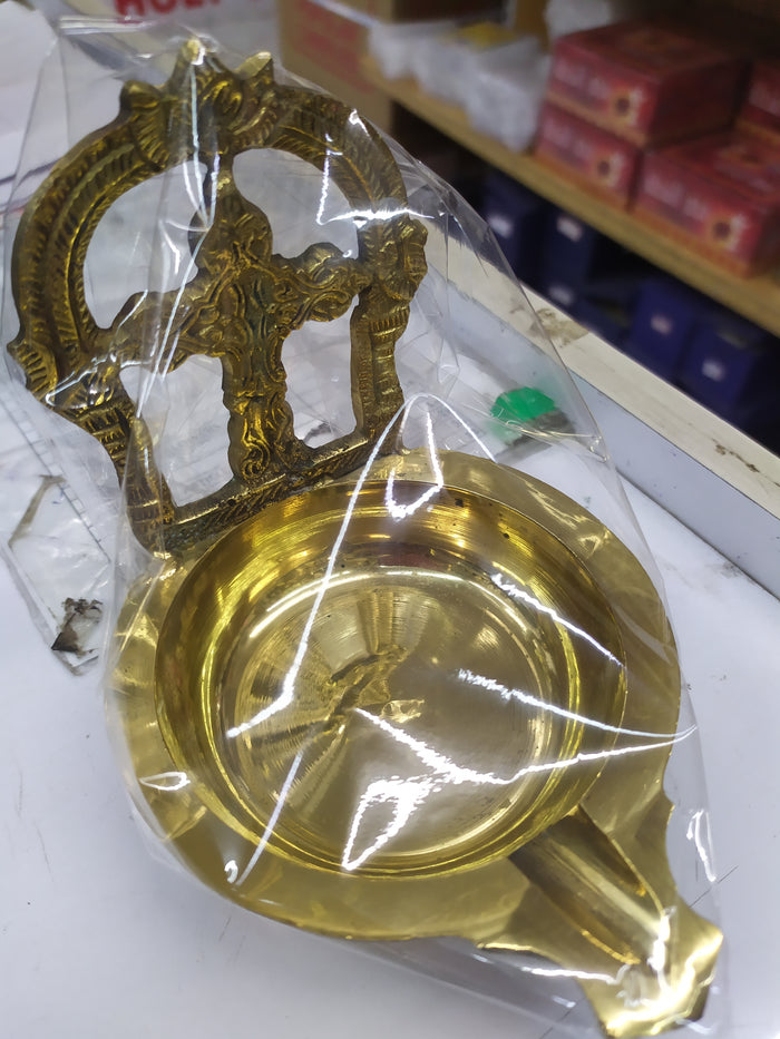 Oil lamp type