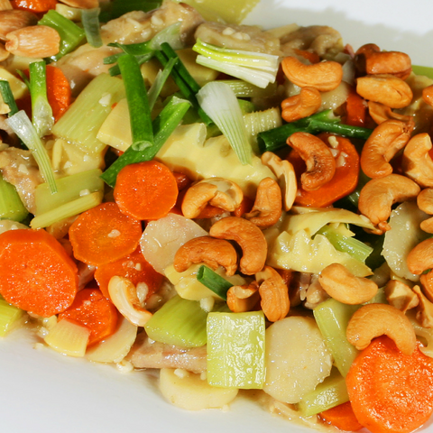 Cashew Chicken: Party Tray - Starting Medium Tray +