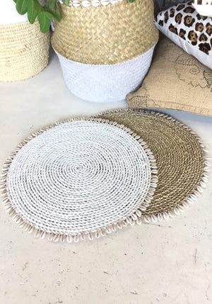 Straw shell placemat natural