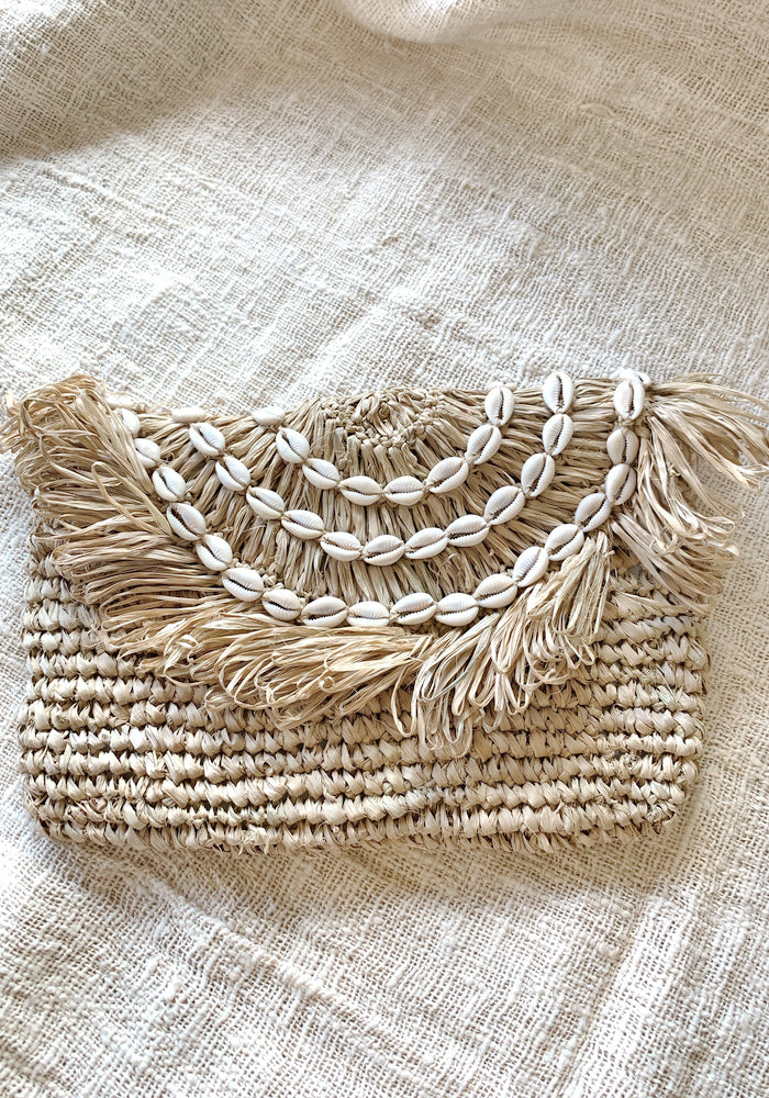 cabo gypsy bronte straw clutch shells
