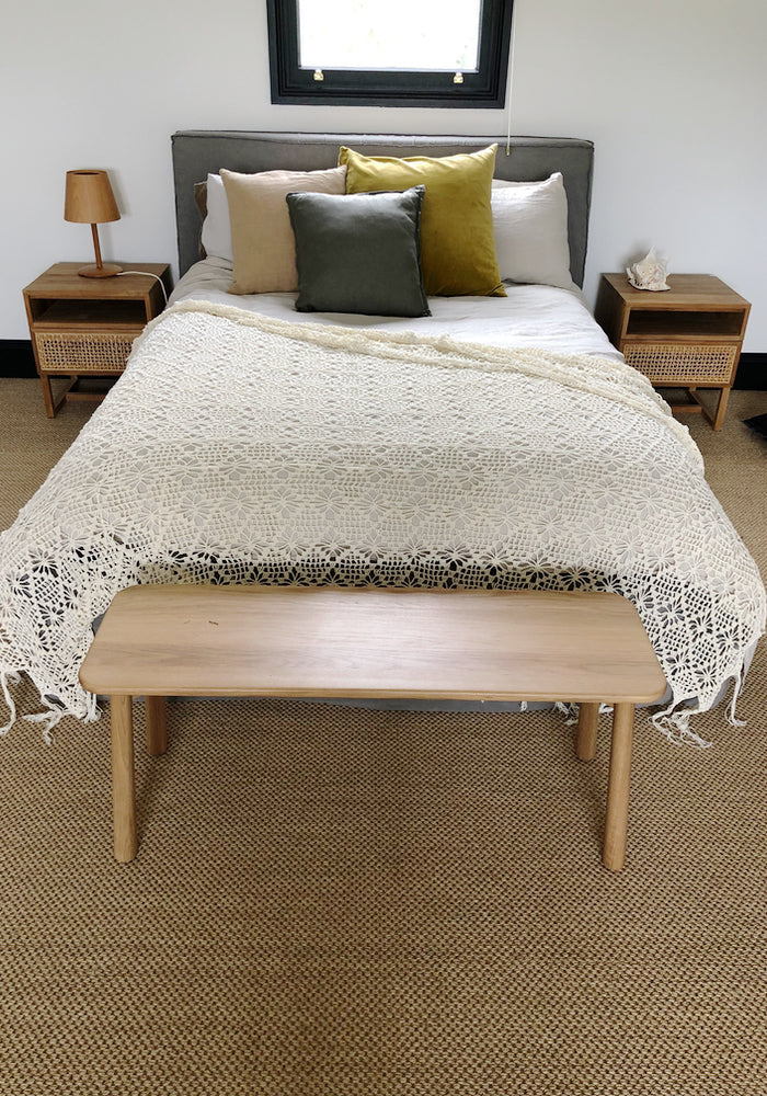 Diamond Crochet Throw cream