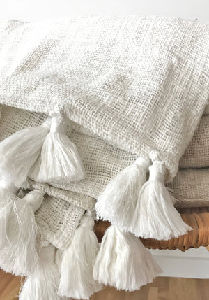 pom pom linen bed throw-natural