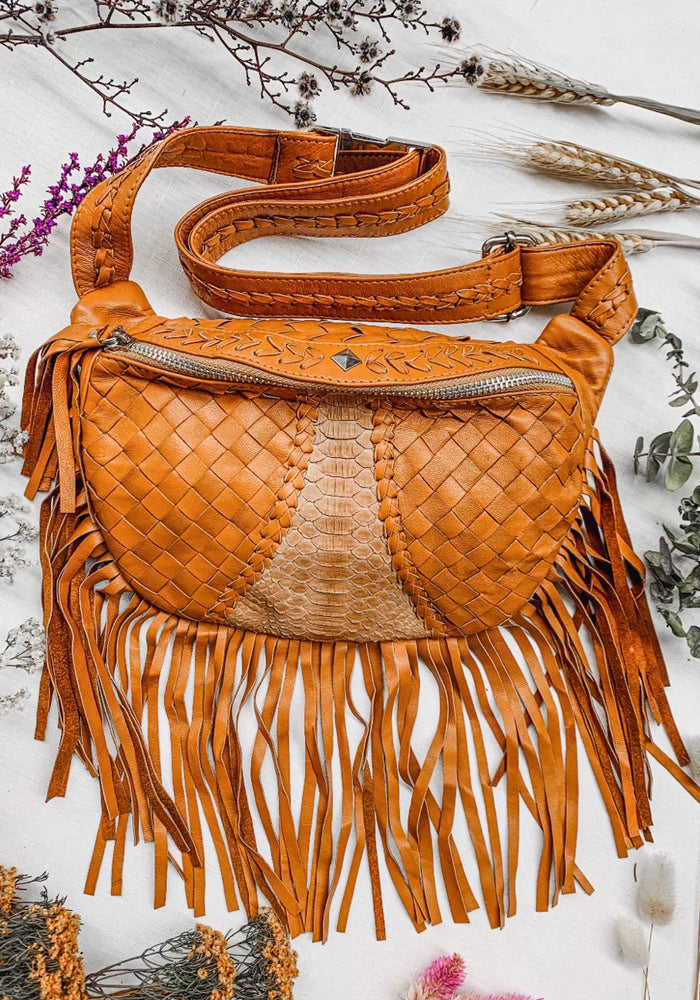 MAHIYA Fleetwood Belt Bag