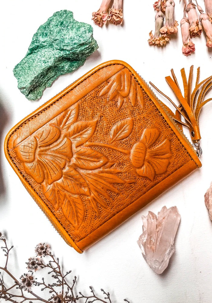 SHOP MAHIYA Aloha Purse