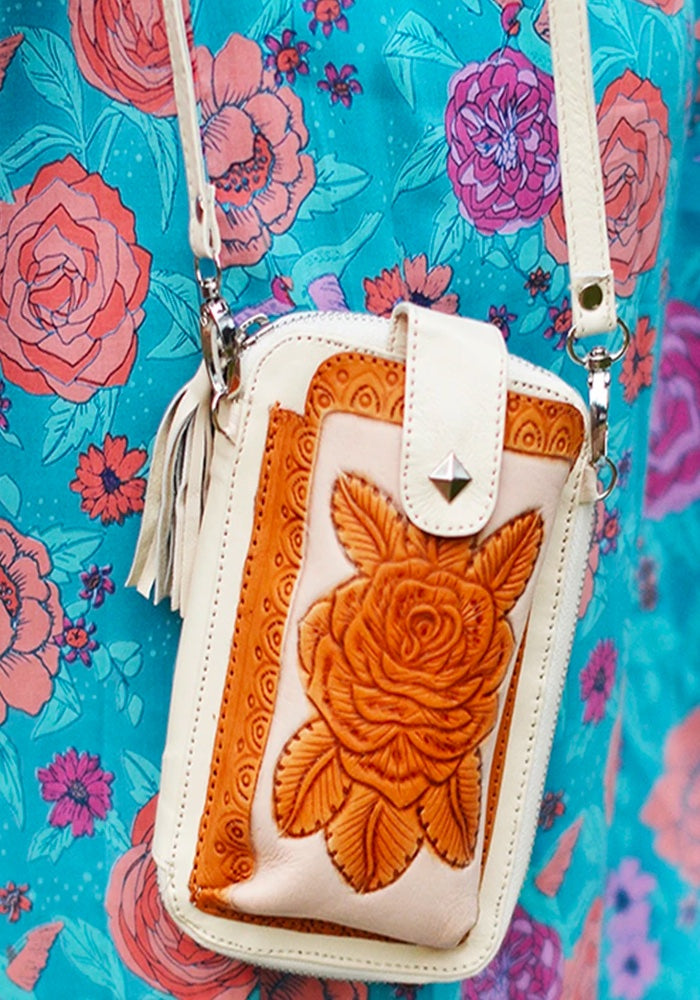 MAHIYA Folk Festival  Iphone Pouch