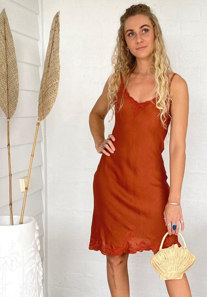 Daisy Silk Linen Midi Dress - Rust