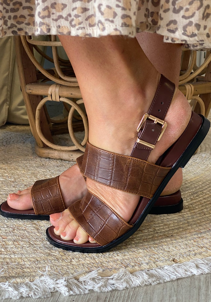 THERAPY SHOES Sparrow Croc Sandal
