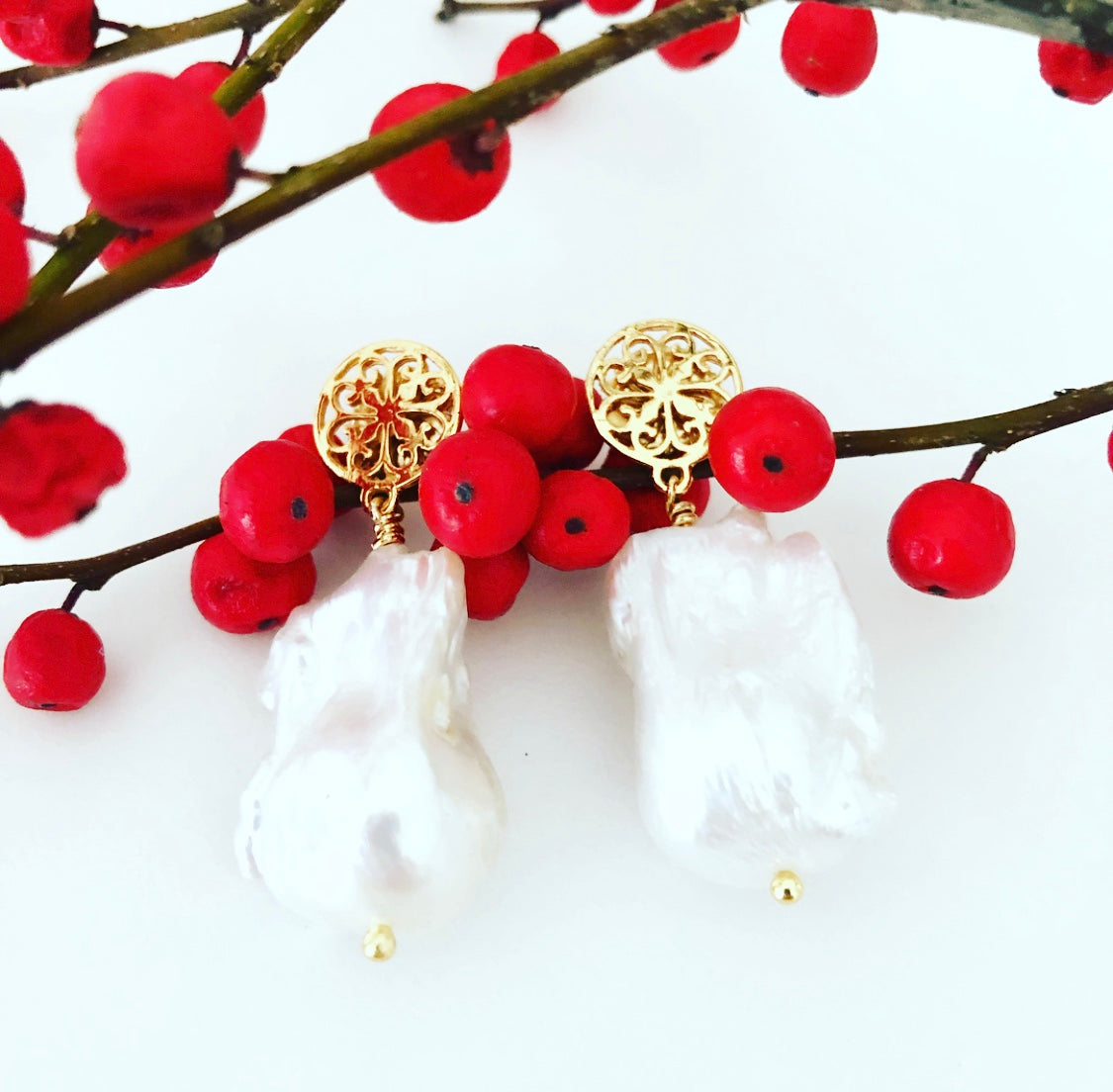 Gold Filagree Flameball Pearl Earrings