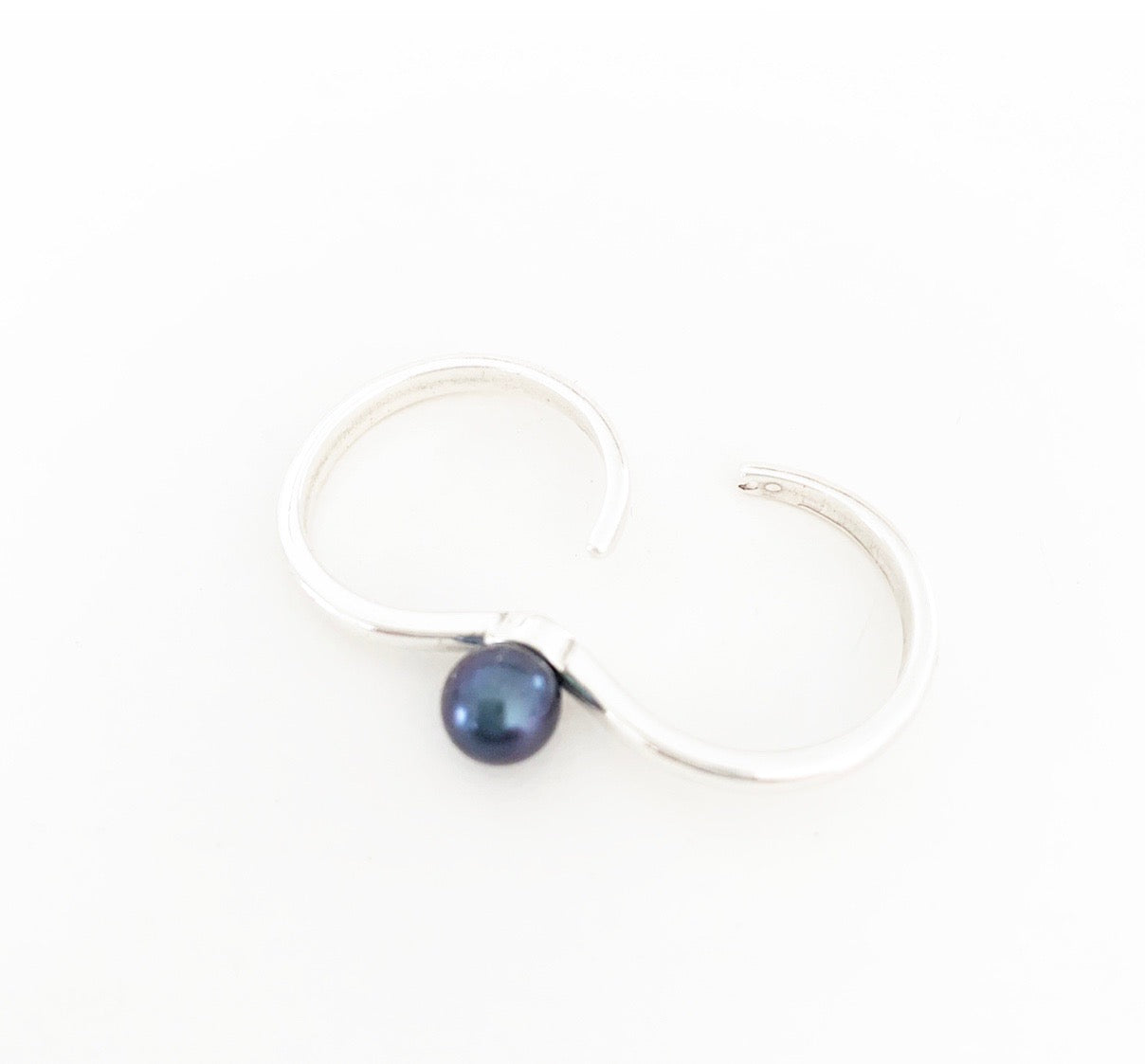 Heather Matjasic ohm jewelry shop sterling silver ring black pearl naples florida