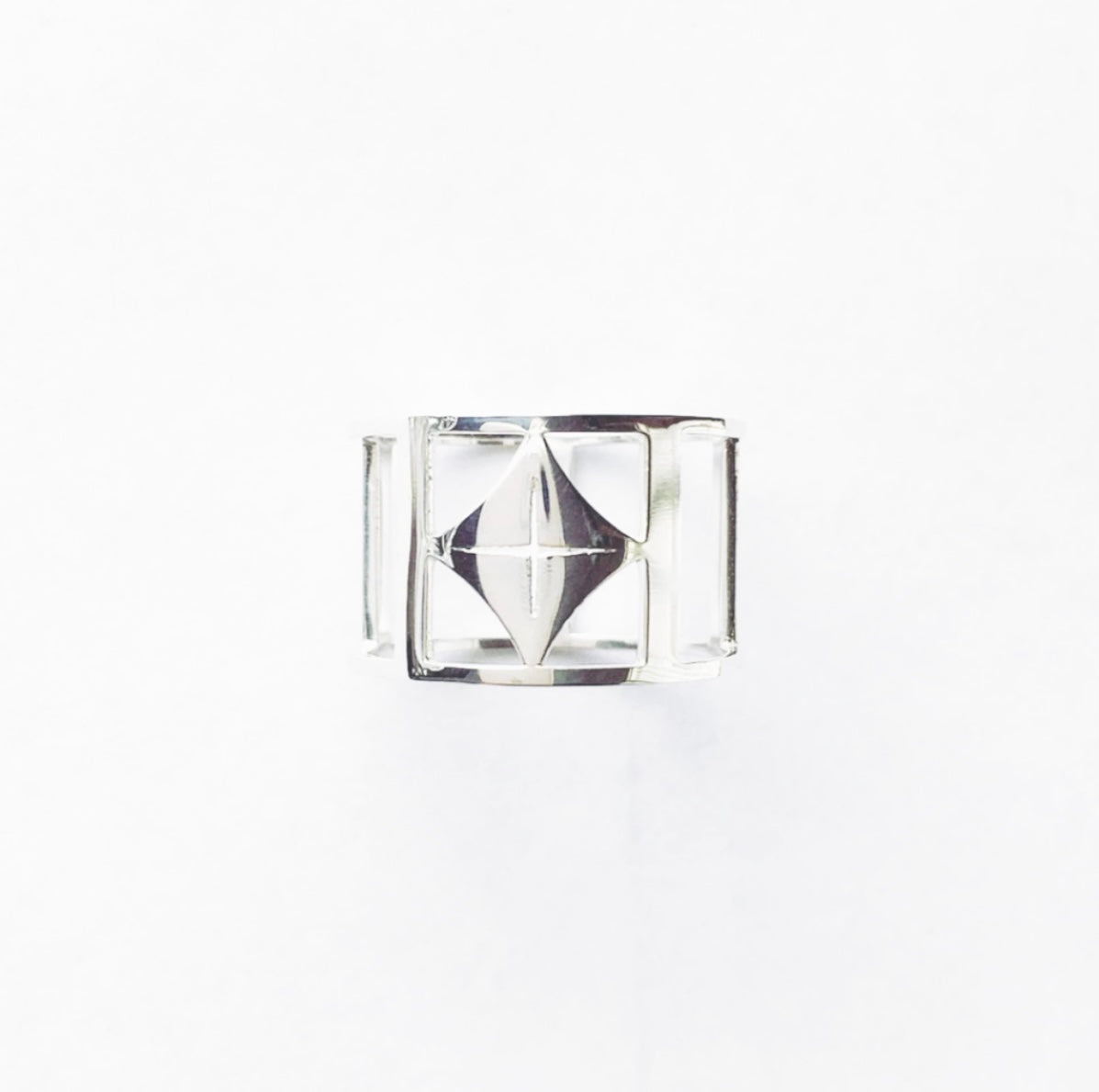 O.H.M. Classic Ring (Rhodium-Plated)
