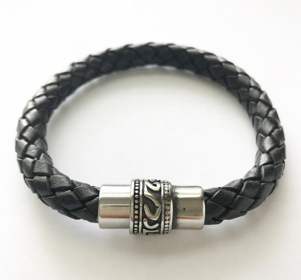 womens leather bracelet ohm jewelry shop heather matjasic fall fashion naples miami florida cleveland ohio