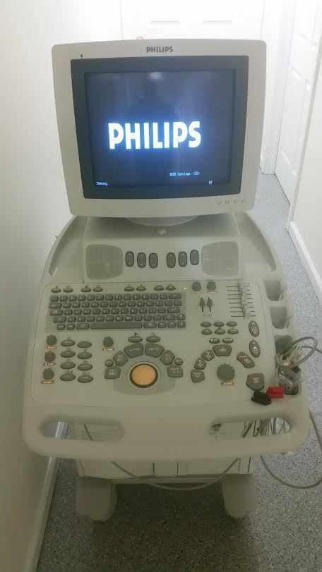 PHILIP ENVISOR HD ULTRASOUND MACHINE. NO PROBES. WORKS FINE