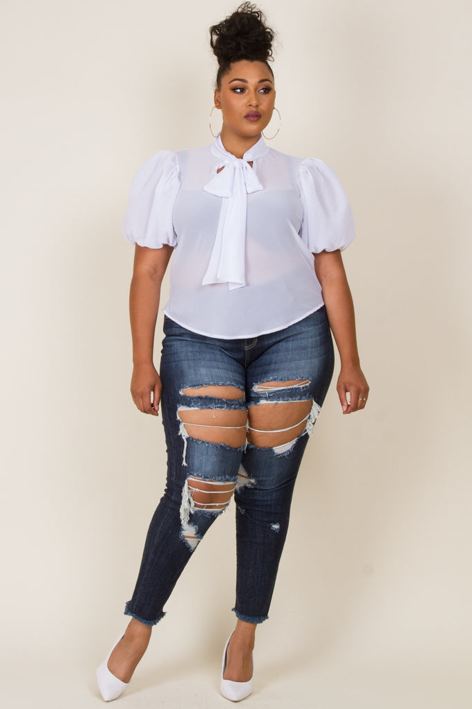 Plus Size Puffed Short Sleeve Ribbon Point Top