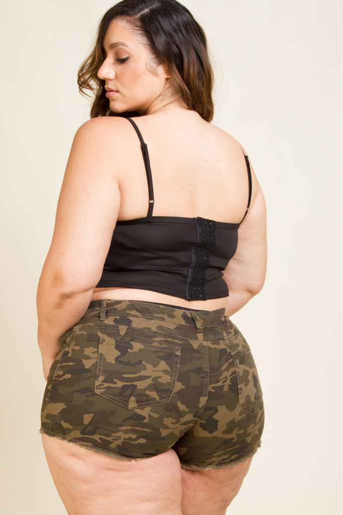 Plus Size Slight Destroyed Shorts Camo