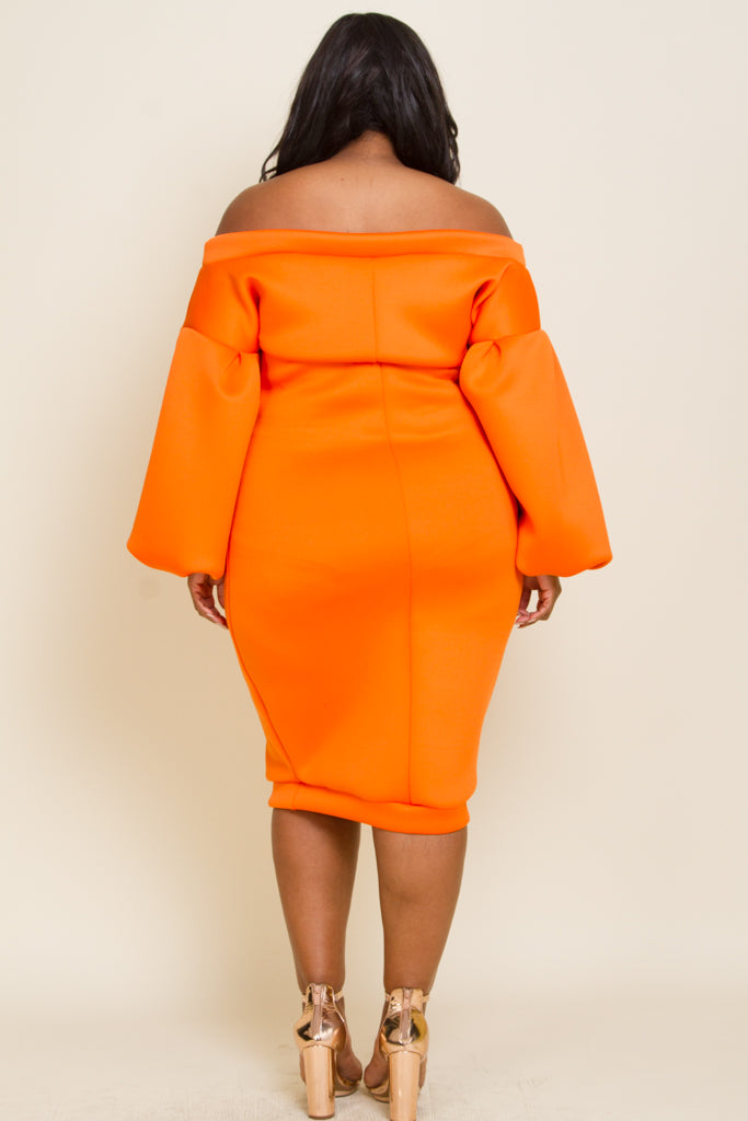 Plus size cold shoudler balloon sleeve midi dress