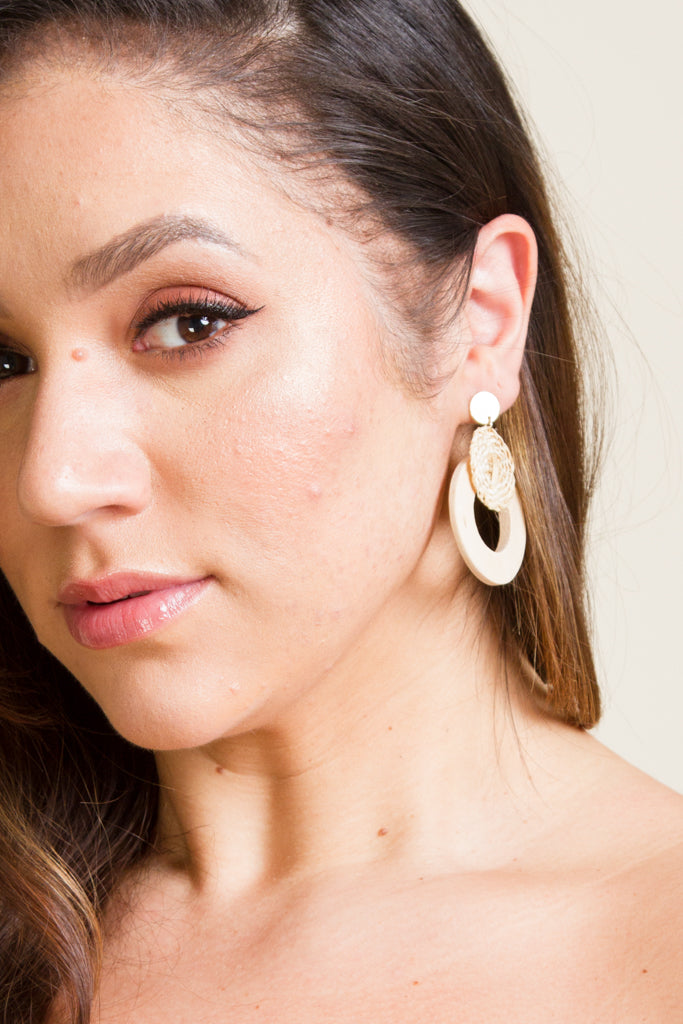 **FINAL SALE** Straw Drop Rounded Earrings