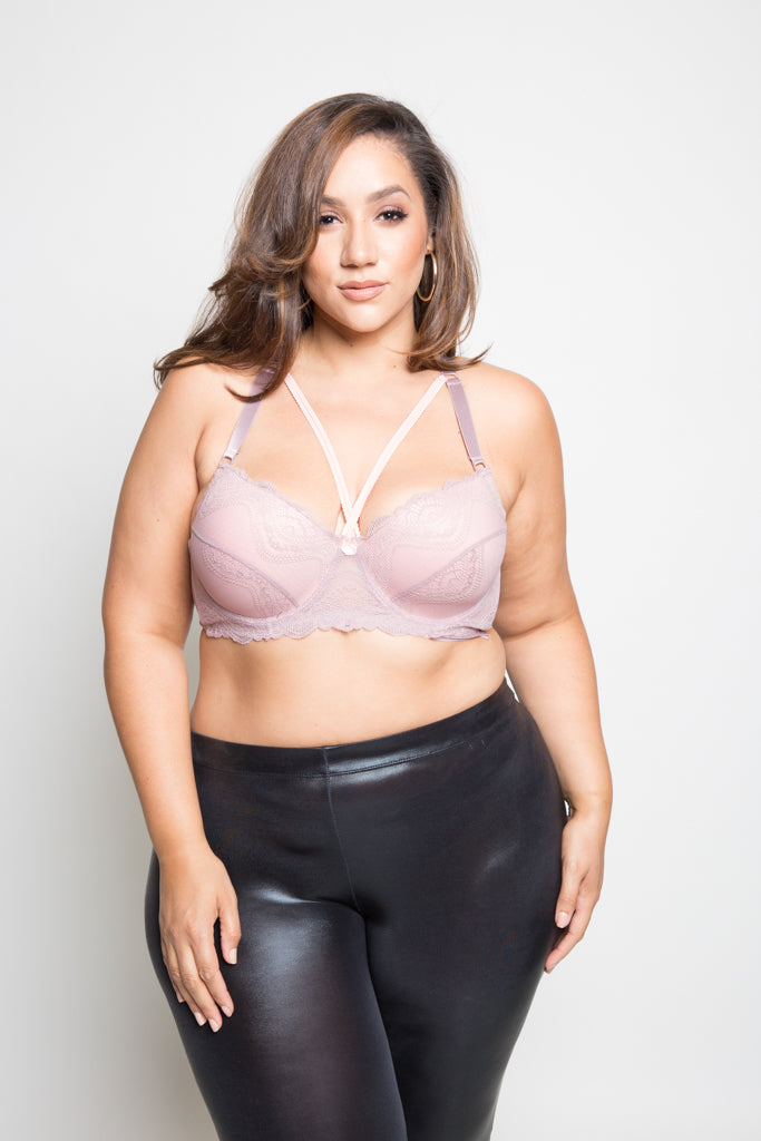 **FINAL SALE** Plus Size Lace Overlay Cup Size DD Bra