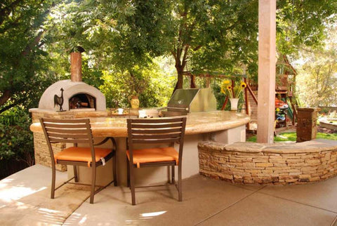 californo outdoor pizza oven with backyard cooking station
