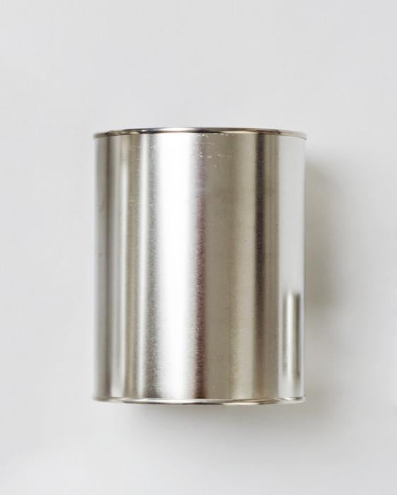 Empty metal paint tins with lid
