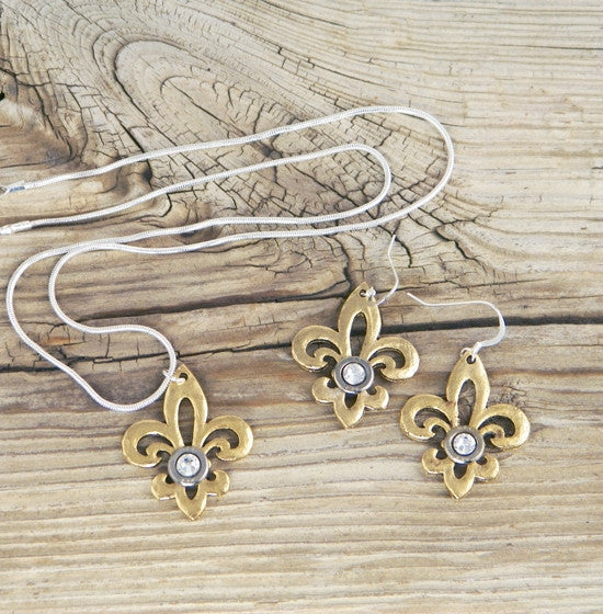 Hammered Fleur de Lis Bullet Necklace and Earring Set