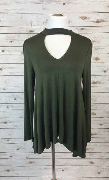 Choker V Neck Long Sleeve Top