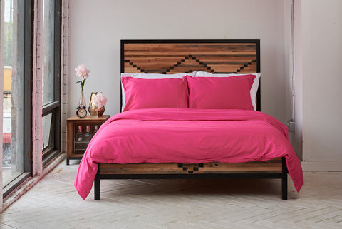 epillowcases | electric pink | metal bed | bedface