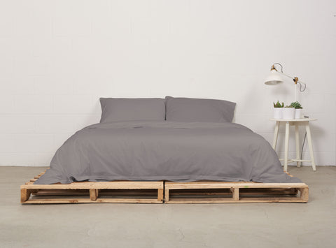eduvet cover | storm grey | pallet bed | bedface