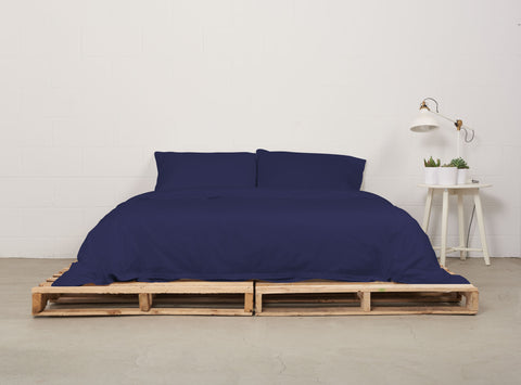 eduvet cover | nighttime navy | pallet bed | bedface