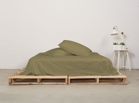 eflat sheet | commando olive | pallet bed | bedface