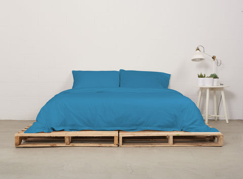eduvet cover | coastal blue | pallet bed | bedface