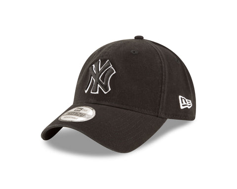 Men's New York Yankees MLB Core Classic White On Black 9TWENTY Cap