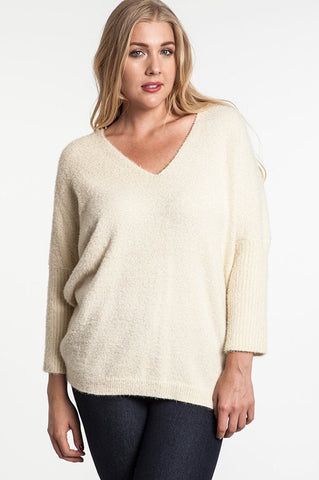 Plus Size Chunky Knit Sweater With Frayed Trim
