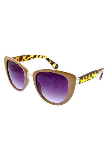 retro inspired sunglasses in nude and leopard print frame