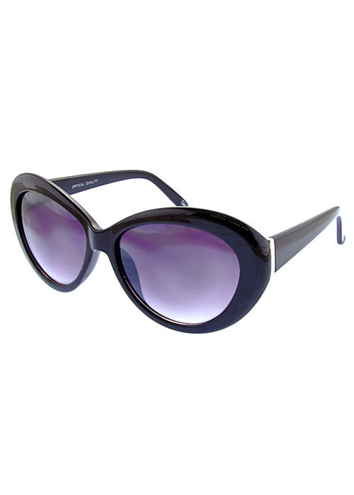 round cat eye sunglasses in black frame