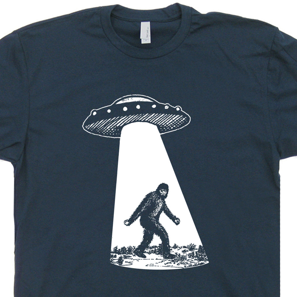 bigfoot ufo t shirt