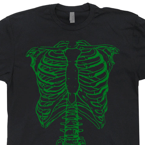 spinal tap green skeleton t shirt goes to 11