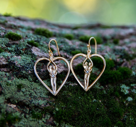 anniversary jewelry - gold heart shaped earrings - symbol of love