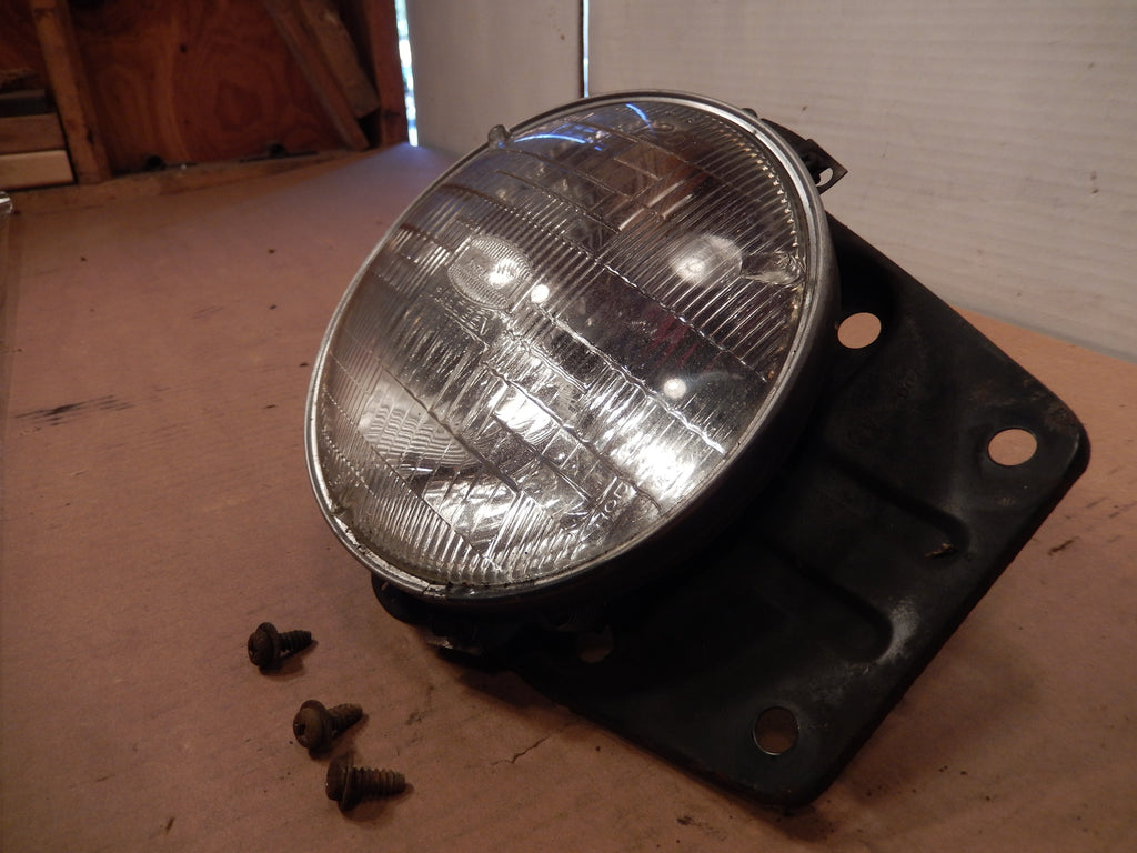 Datsun 280ZX Front Passenger Head Light Assembly