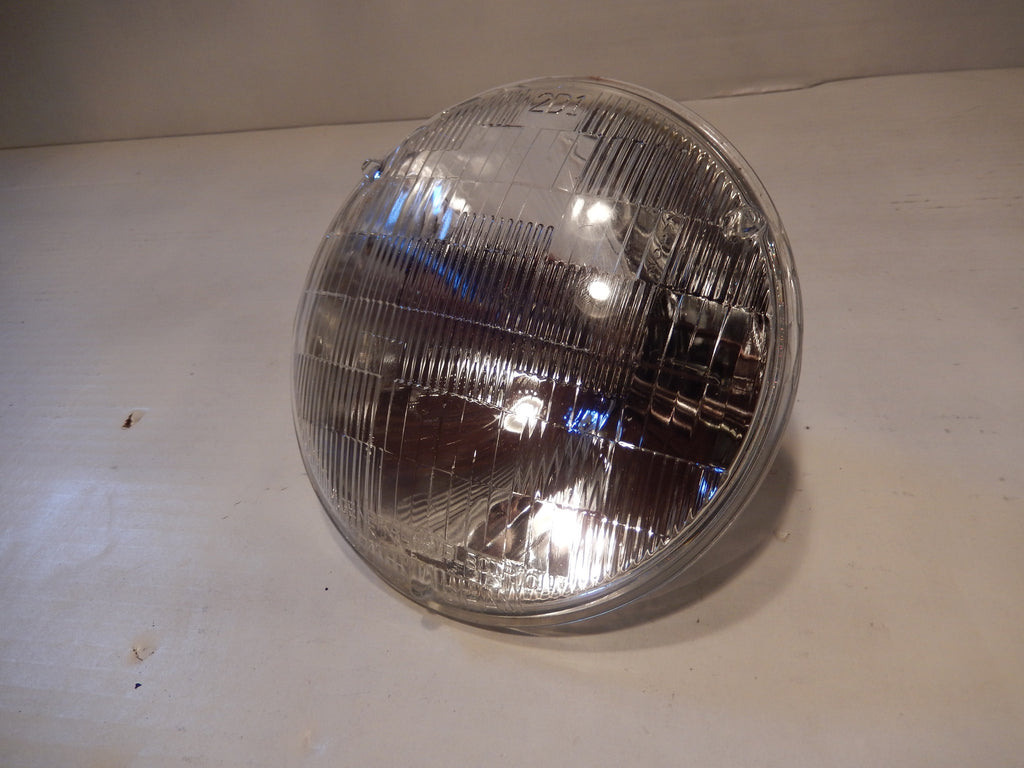 Volvo P1800 Head Light