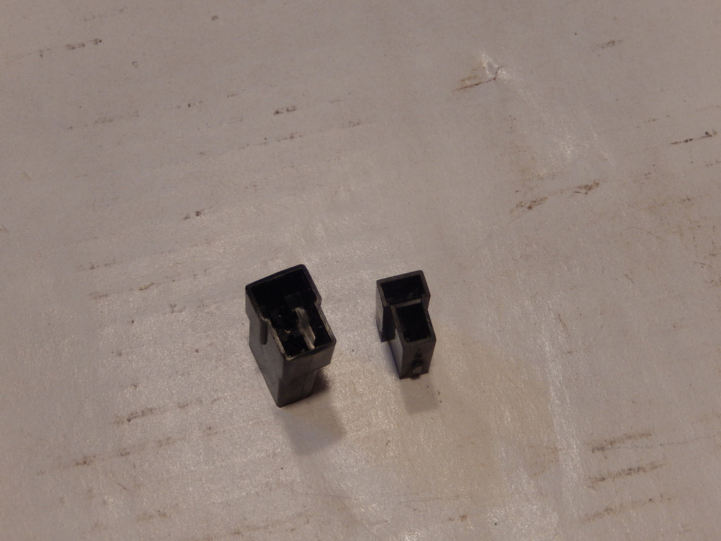 Volvo P1800 Front Signal Harness Clips