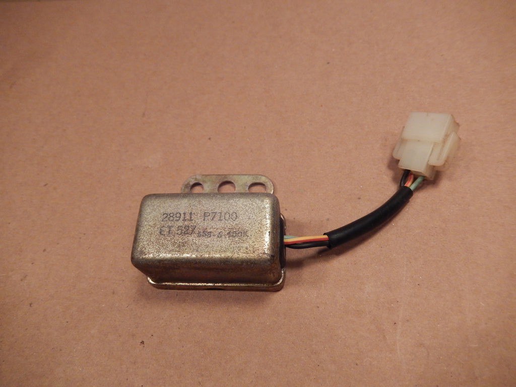 Datsun 1983 280ZX Seatbelt Warning Relay # 28911-P7100