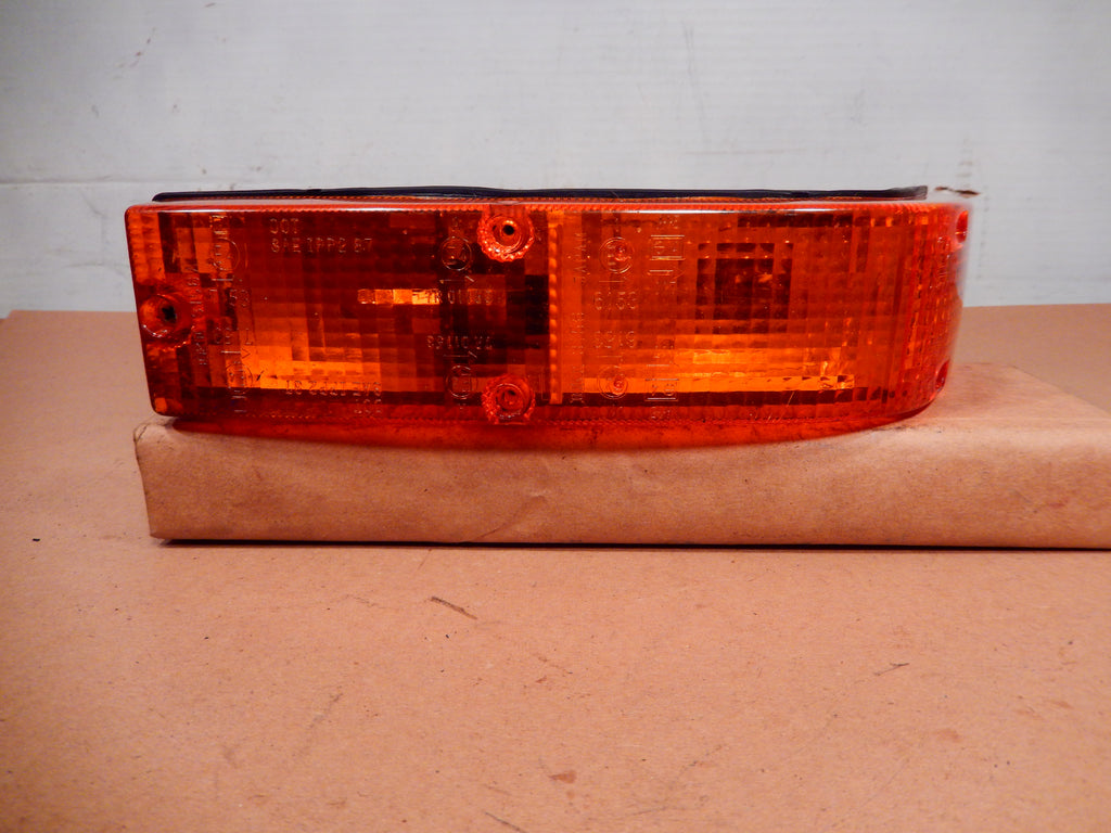 Datsun 280ZX Front Passenger's Side Wrap Around Turn Signal
