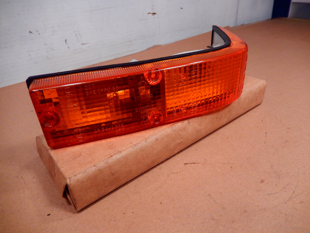 Datsun 280ZX Front Driver's Side Wrap Around Turn Signal