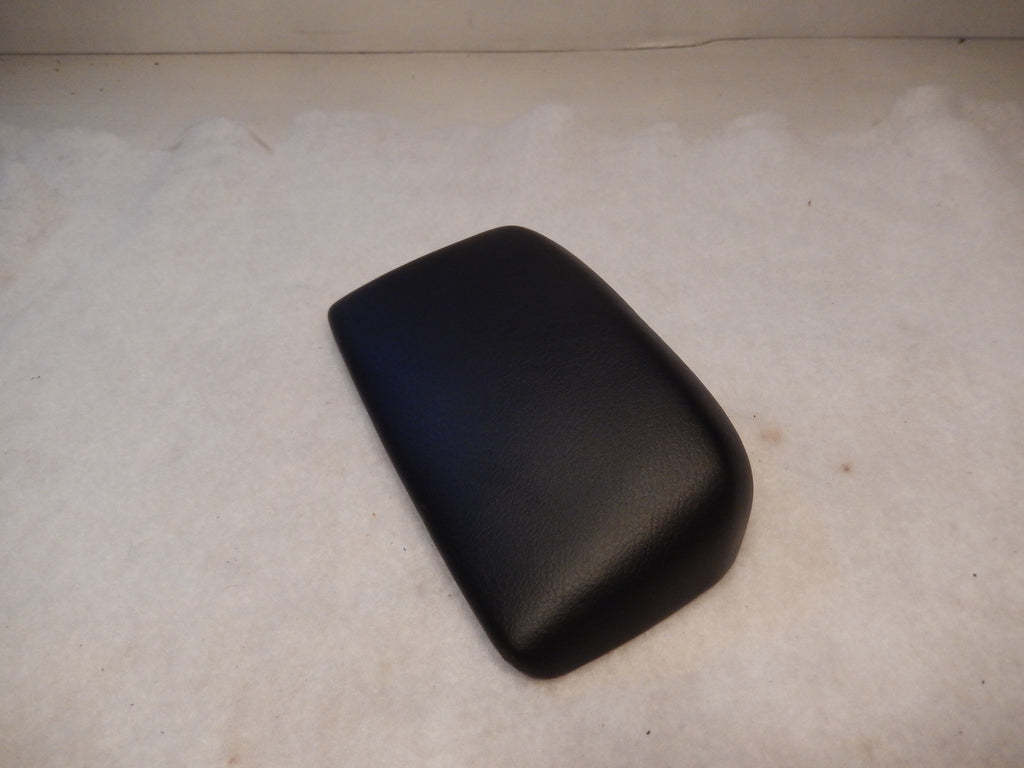 Maserati M-139 2004 - 2012 Console Black Leather Cover