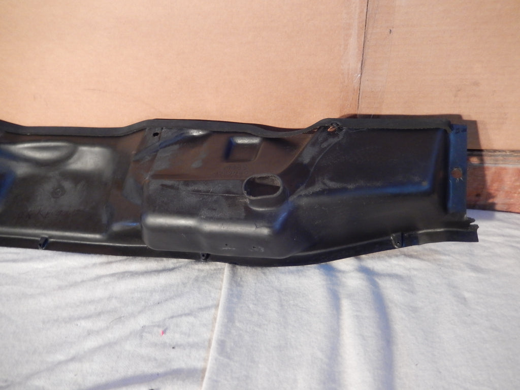 Maserati Quattroporte OEM Rear Engine Bay Wipers and Drain Pan