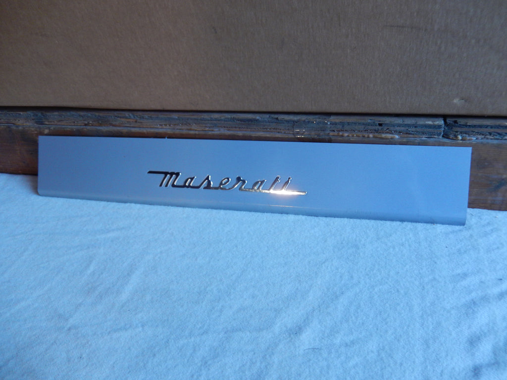 Maserati Quattroporte M-139  04 - 2014 Front Drivers Side ( Left ) Door Sil Trim